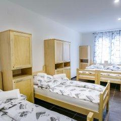 Hostel Moving Стандартный номер с различными типами кроватей фото 4