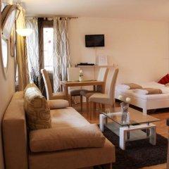 Отель CheckVienna - Apartmenthaus Hietzing Апартаменты с различными типами кроватей фото 32