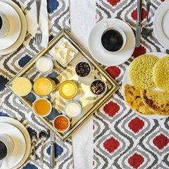 Отель Albarnous Maison d'Hôtes Марокко, Танжер - отзывы, цены и фото номеров - забронировать отель Albarnous Maison d'Hôtes онлайн питание фото 3