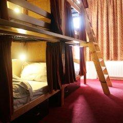 Отель Palmers Lodge Swiss Cottage Кровать в общем номере фото 4