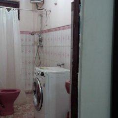 Отель Sharaz Guest Inn в номере