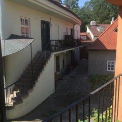 Отель at the Golden Plough Чехия, Прага - отзывы, цены и фото номеров - забронировать отель at the Golden Plough онлайн балкон