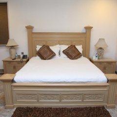 Отель Diplomat Нью-Дели комната для гостей фото 2