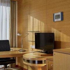 Millennium Gloucester Hotel London 4* Улучшенный номер с различными типами кроватей фото 4