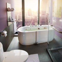 Отель The Continent Bangkok by Compass Hospitality 4* Номер категории Премиум с различными типами кроватей фото 16