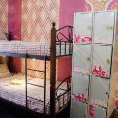 Хостел Trinity & Tours Кровать в общем номере с двухъярусной кроватью фото 23