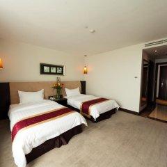 The Hanoi Club Hotel & Lake Palais Residences 4* Номер Делюкс с 2 отдельными кроватями