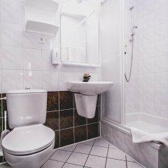 Отель Twins Польша, Варшава - отзывы, цены и фото номеров - забронировать отель Twins онлайн ванная