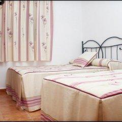 Отель Chalet Arroyo Испания, Кониль-де-ла-Фронтера - отзывы, цены и фото номеров - забронировать отель Chalet Arroyo онлайн комната для гостей фото 5