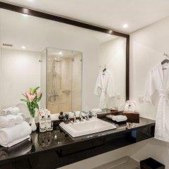 Отель Boutique Hoi An Resort 4* Улучшенный номер с различными типами кроватей фото 2