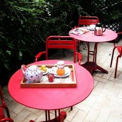 Отель La Villa Paris - B&B Франция, Париж - отзывы, цены и фото номеров - забронировать отель La Villa Paris - B&B онлайн питание фото 2