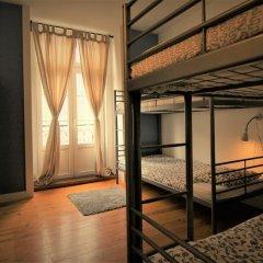 Отель We Love F Tourists Кровать в общем номере фото 5