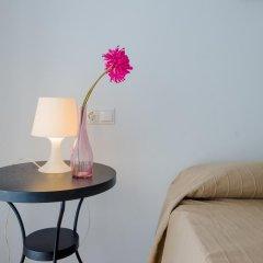 Отель Apartamentos O2 Conil Испания, Кониль-де-ла-Фронтера - отзывы, цены и фото номеров - забронировать отель Apartamentos O2 Conil онлайн комната для гостей фото 2