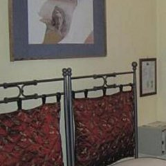 Отель Agriturismo Zaffamaro Сполето сейф в номере