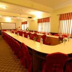 Отель Third Pole Непал, Покхара - отзывы, цены и фото номеров - забронировать отель Third Pole онлайн помещение для мероприятий фото 2