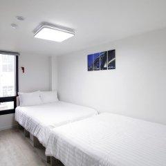 K-POP HOTEL Dongdaemun 2* Стандартный семейный номер с двуспальной кроватью фото 4