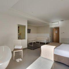 Trevi Palace Hotel 3* Стандартный номер с различными типами кроватей фото 3