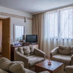 Отель Hugo Болгария, Варна - 7 отзывов об отеле, цены и фото номеров - забронировать отель Hugo онлайн комната для гостей фото 5
