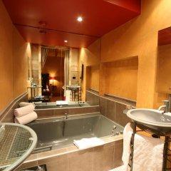 Cour Des Loges Hotel 5* Стандартный номер с различными типами кроватей фото 9