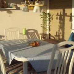 Отель Landvetter Bed & Breakfast Швеция, Ландветтер - отзывы, цены и фото номеров - забронировать отель Landvetter Bed & Breakfast онлайн питание фото 2