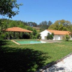 Отель Vale da Silva Homes бассейн