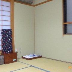 Отель Fujiwara Ryokan 3* Номер с общей ванной комнатой фото 2