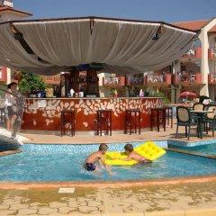 Отель Complex Sunrise by HMG - All Inclusive Болгария, Солнечный берег - отзывы, цены и фото номеров - забронировать отель Complex Sunrise by HMG - All Inclusive онлайн бассейн фото 2