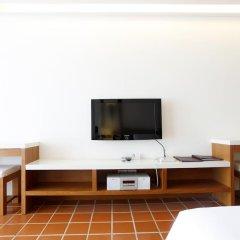 Отель X2 Vibe Phuket Patong 4* Стандартный номер двуспальная кровать фото 6