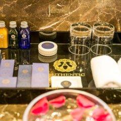 Authentic Hanoi Boutique Hotel 4* Стандартный семейный номер с двуспальной кроватью фото 6