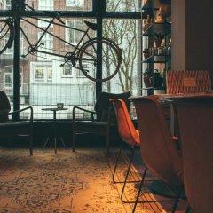 Отель Max Brown Hotel Museum Square Нидерланды, Амстердам - 3 отзыва об отеле, цены и фото номеров - забронировать отель Max Brown Hotel Museum Square онлайн фитнесс-зал фото 2
