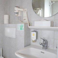 Hotel Crystal 3* Стандартный номер с различными типами кроватей фото 6