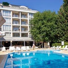 Karlovo Hotel бассейн