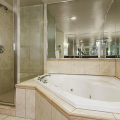 Отель Days Inn Clifton Hill Casino 3* Стандартный номер с различными типами кроватей фото 3
