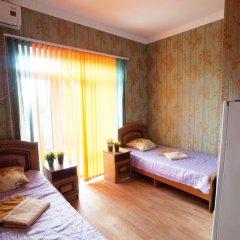 Гостиница More y Nas Guest House в Анапе отзывы, цены и фото номеров - забронировать гостиницу More y Nas Guest House онлайн Анапа комната для гостей фото 5