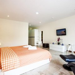 Апартаменты Pratumnak Hill Apartment 2 Bedroom Паттайя комната для гостей фото 4