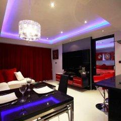 Отель Absolute Bangla Suites 4* Полулюкс с различными типами кроватей фото 2