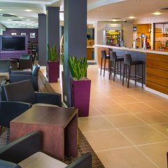 Отель Holiday Inn Express Glasgow City Centre Riverside гостиничный бар