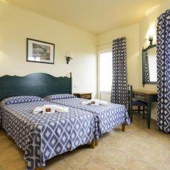 Отель HYB Sea Club Испания, Кала-эн-Бланес - отзывы, цены и фото номеров - забронировать отель HYB Sea Club онлайн комната для гостей фото 2