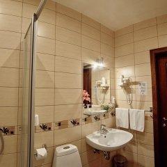 Гостиница Старый дворик на Мопра Стандартный номер с двуспальной кроватью фото 7