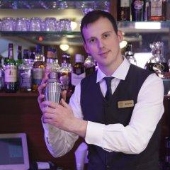 Hotel Zlatnik гостиничный бар