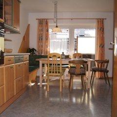 Отель Gästehaus Edinger 2* Апартаменты с различными типами кроватей фото 4