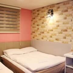 Dongdaemun Hwasin Hostel Стандартный номер с различными типами кроватей фото 2