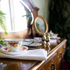Отель The Gatsby Mansion Канада, Виктория - отзывы, цены и фото номеров - забронировать отель The Gatsby Mansion онлайн в номере