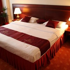 Hotel Holiday Zagreb 3* Стандартный семейный номер с двуспальной кроватью фото 3