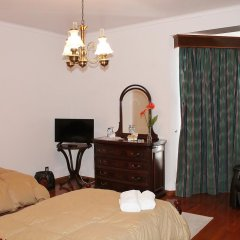 Отель Casa Barao das Laranjeiras Португалия, Понта-Делгада - отзывы, цены и фото номеров - забронировать отель Casa Barao das Laranjeiras онлайн комната для гостей фото 2