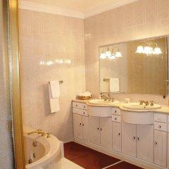 Отель Casa Barao das Laranjeiras Португалия, Понта-Делгада - отзывы, цены и фото номеров - забронировать отель Casa Barao das Laranjeiras онлайн ванная