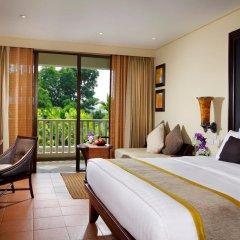 Отель Movenpick Resort & Spa Karon Beach Phuket 5* Улучшенный номер с двуспальной кроватью