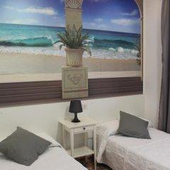 Отель Hostal Comercial Стандартный номер с 2 отдельными кроватями фото 13