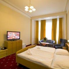 Hotel Palacký 3* Стандартный номер с двуспальной кроватью фото 7