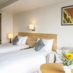 Отель Oakwood Residence Sukhumvit 24 Улучшенная студия